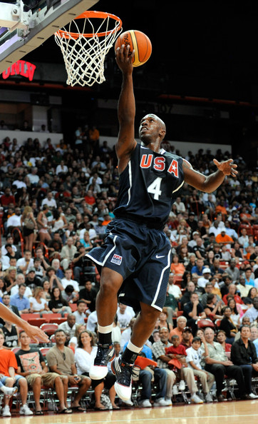 Chauncey Billups wearing the USA colorway of the adidas TS Lightning Creator.