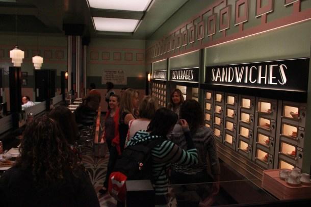bloggers tour Automat set_1