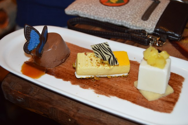 Dining at Disney with Food Allergies: Sanaa Dining Experience #MonkeyKingdomEvent