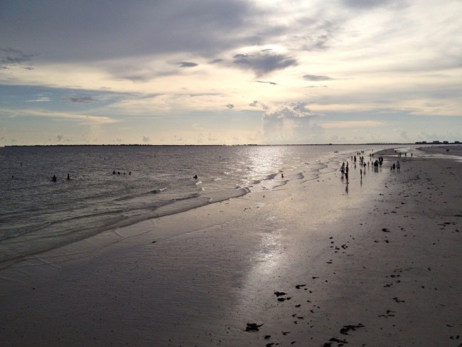 Samantha En Route's 5 Fun Beach Hotels In Fort Myers