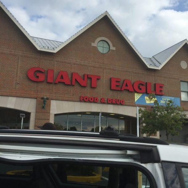 Giant Eagle (1)