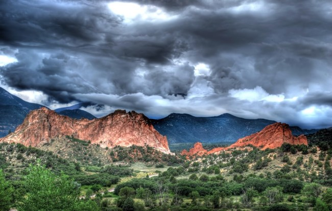 Hipmunk Hotels: Enjoy the Outdoors in Colorado Springs, Keystone, Lakewood, and More