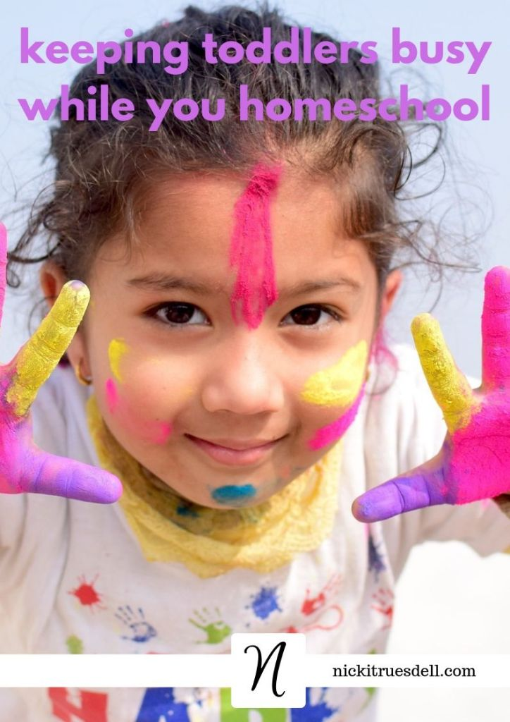keeping toddlers busy while you homeschool