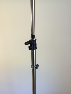 05 Wheel stand Column screw