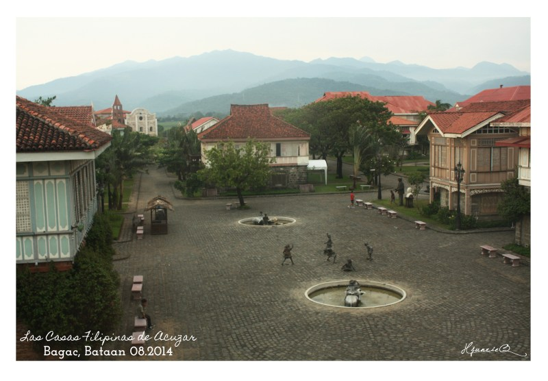 Las Casas Filipinas de Acuzar main grounds