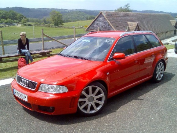 B5 Audi RS4 Avant