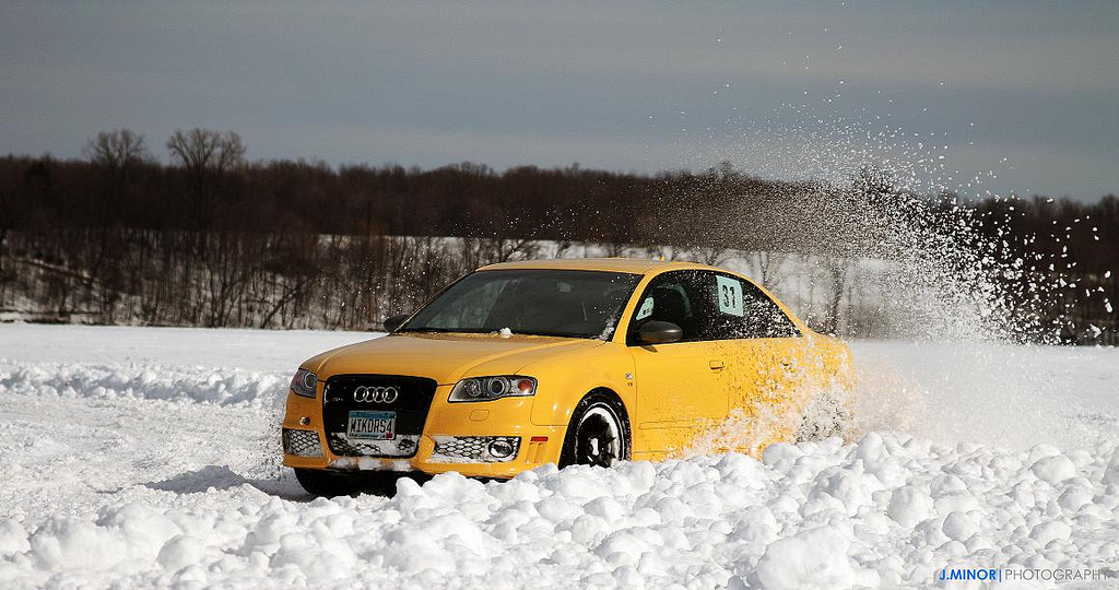 Yellow RS4 in the Snow