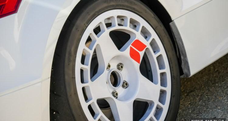 18×9 Fifteen52 Turbomac Wheels