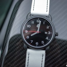 Six Speed Dials Review: Stuttgart 991 Watch