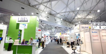 Exhibition_Halls,_Brisbane_Convention_&_Exhibition_Centre