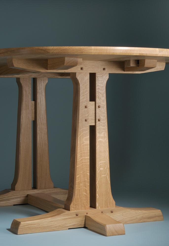 Farnham dining table