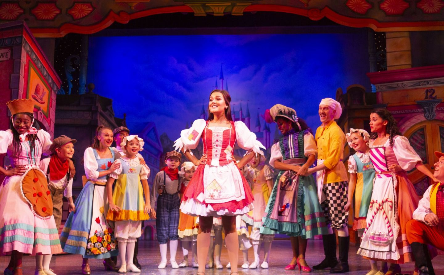 Cinderella at Manchester Opera House, Shannon Flynn and company