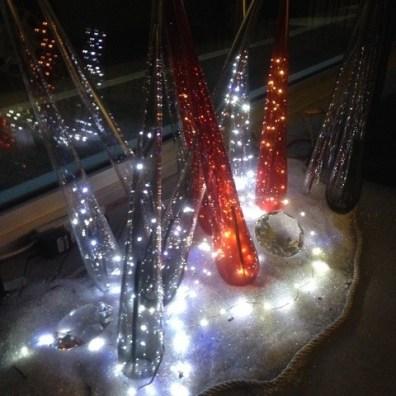 Coni di vetro natalizi