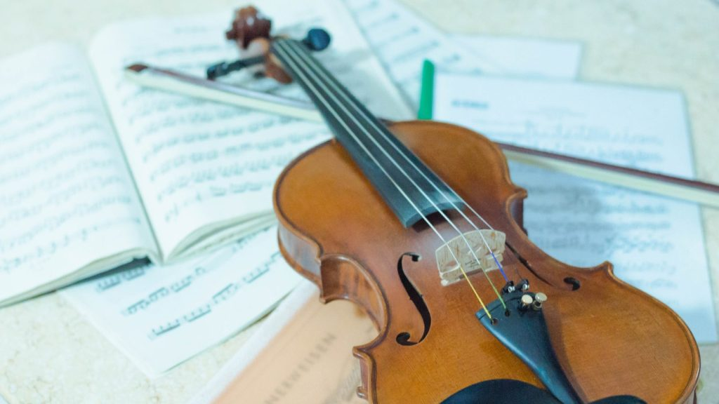 Violon et partitions