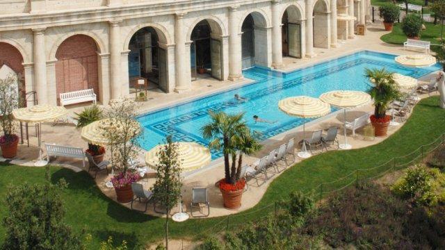 Europa-Park_Wellness-Colosseo_Pool