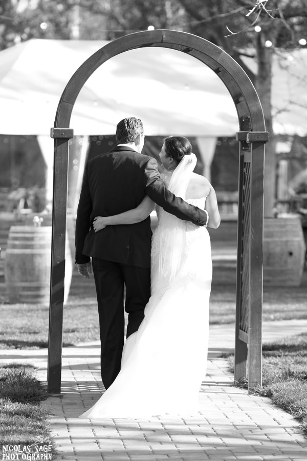 bride and groom black and white photo at walnut grove wedding venue