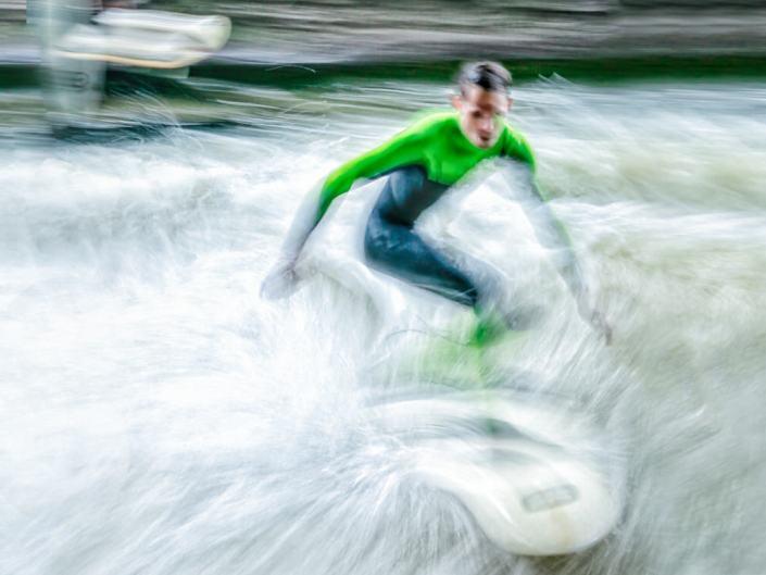 eisbach surfheroes