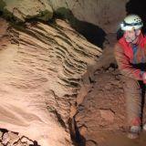 Pieskové sedimenty v Jaskyni v Žeruche, foto P. Vaněk