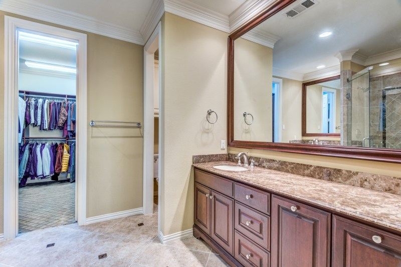 4327-castle-rock-ct-irving-tx-2-High-Res-22