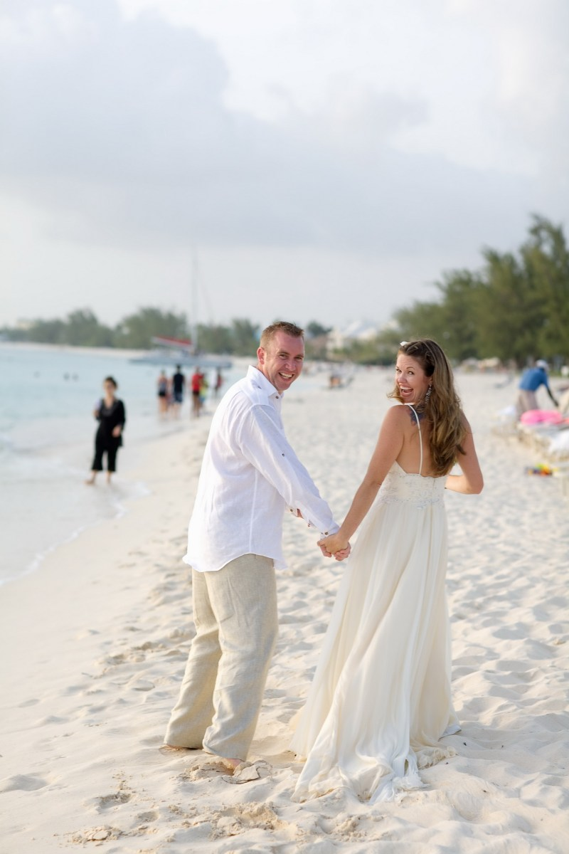 ritz carlton gramd cayman weddings 26