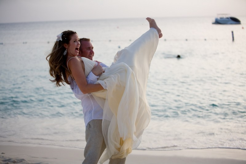 ritz carlton gramd cayman weddings 27