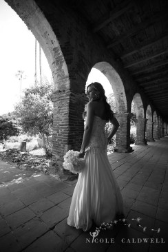 Franciscan Garden Weddings san Juan Capistrano photo by Nicole Caldwell Studio 01032