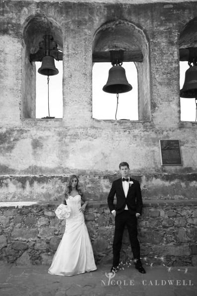 Franciscan Garden Weddings san Juan Capistrano photo by Nicole Caldwell Studio 01050