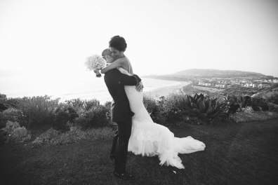 ritz carlton laguna niguel wedding romantic shot of couple