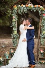 temecula wedding photographer ceremony kiss