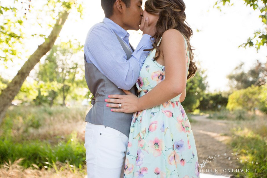 engagement-photos-irvine-regional-park-03