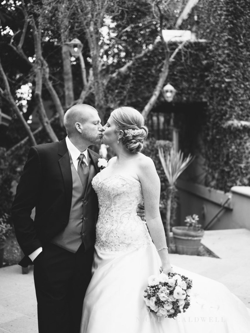 wedding-photographed-with-the-pentax-645z-at-the-surf-and-sand-laguna-beach-15