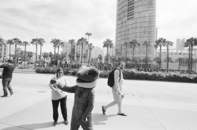 comic-con-san-diego-black-and-white-film-photographs-Nicole-Caldwell-06