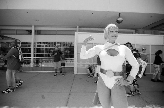 comic-con-san-diego-black-and-white-film-photographs-Nicole-Caldwell-a15