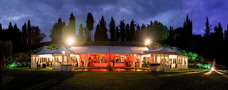 Tuscany_wedding_italy_destination_photographer_nicole_caldwell29