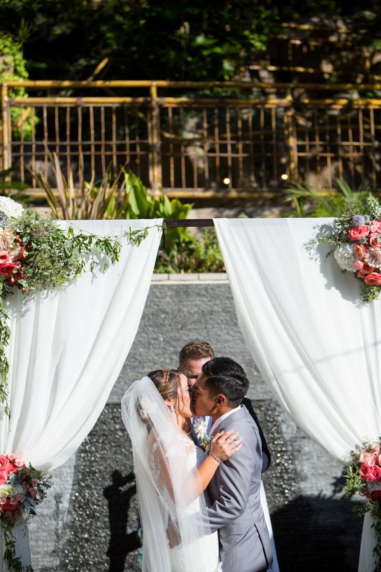 wedding-venues-laguna-beach-7-degrees-36-nicole-caldwell