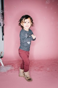kids in bubbles photography studio nicole caldwell 11