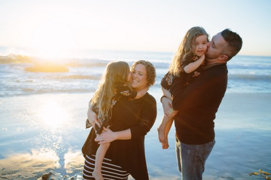 family beach photographer laguna beach crystal cove nicole caldwell24