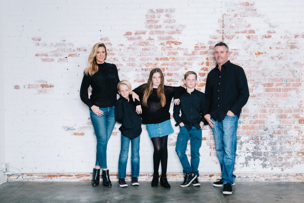 Family photography ideas in the studio nicole caldwell brick backdrop 07