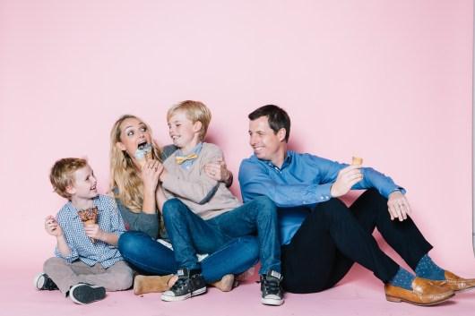 fun different family photos ice cream studio photographs nicole caldwell 09