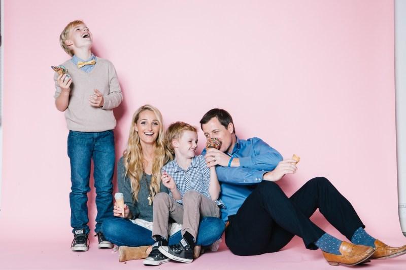fun different family photos ice cream studio photographs nicole caldwell 12