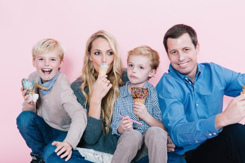 fun different family photos ice cream studio photographs nicole caldwell 14