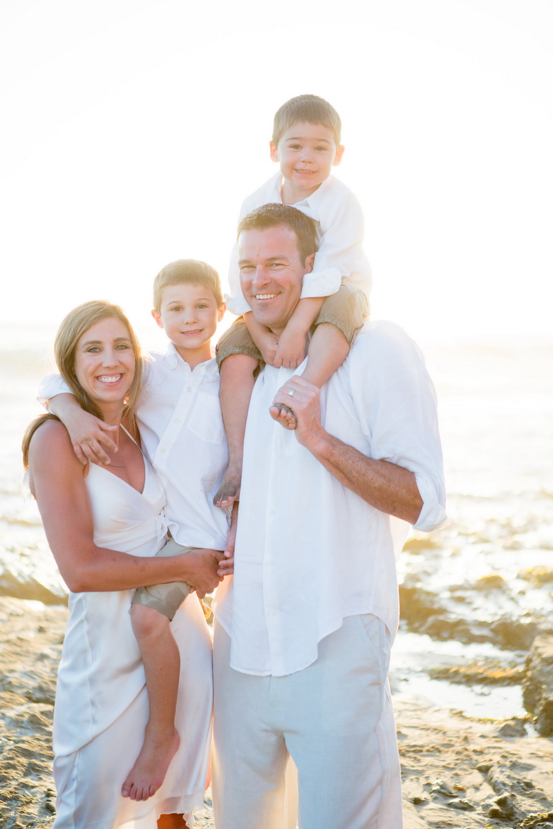laguna becah family photography at crystal cove state park by nicole caldwell 15
