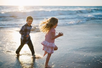 family_photography_laguna_beach_crystal_cove_nicole_caldwell16