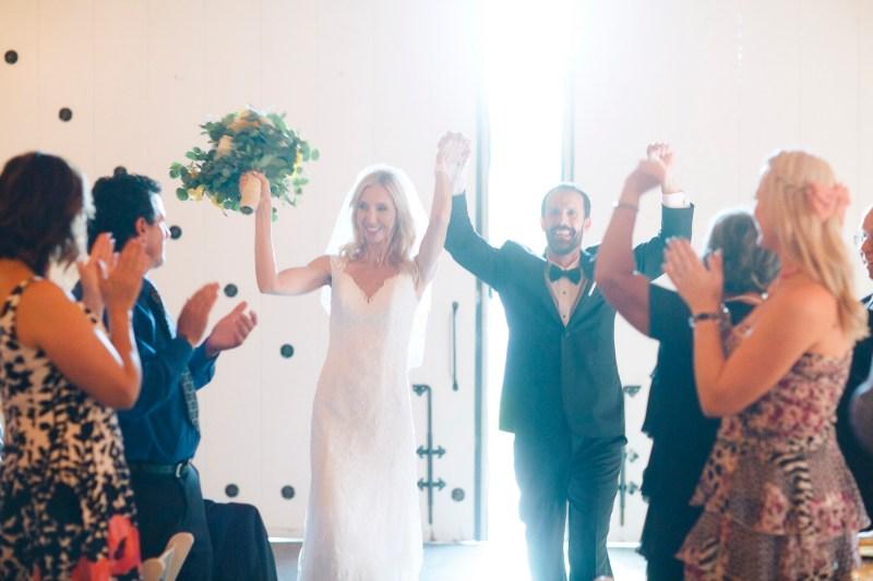 weddings-at-strawberry-farms-barn-nicole-caldwell-photo-09