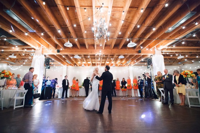 weddings-at-strawberry-farms-barn-nicole-caldwell-photo-11