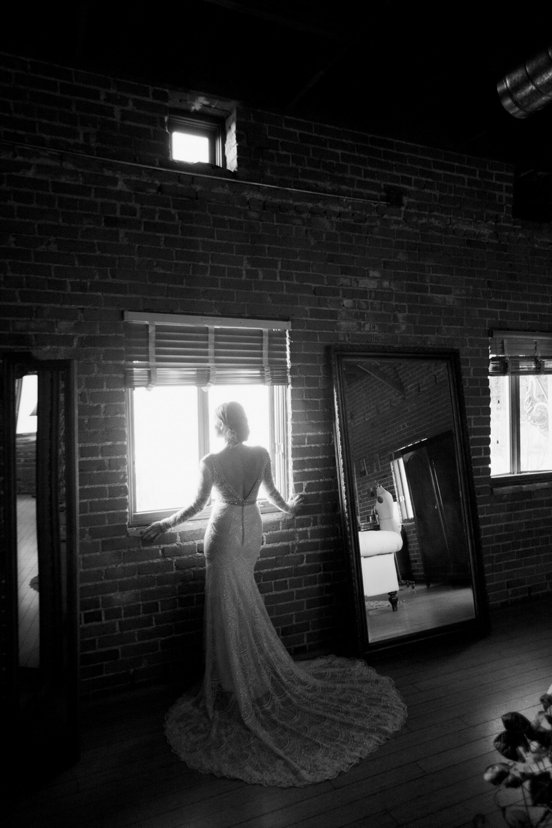 carondelet_house_weddings_artistic_editorial_photography_by_nicole_caldwell_04