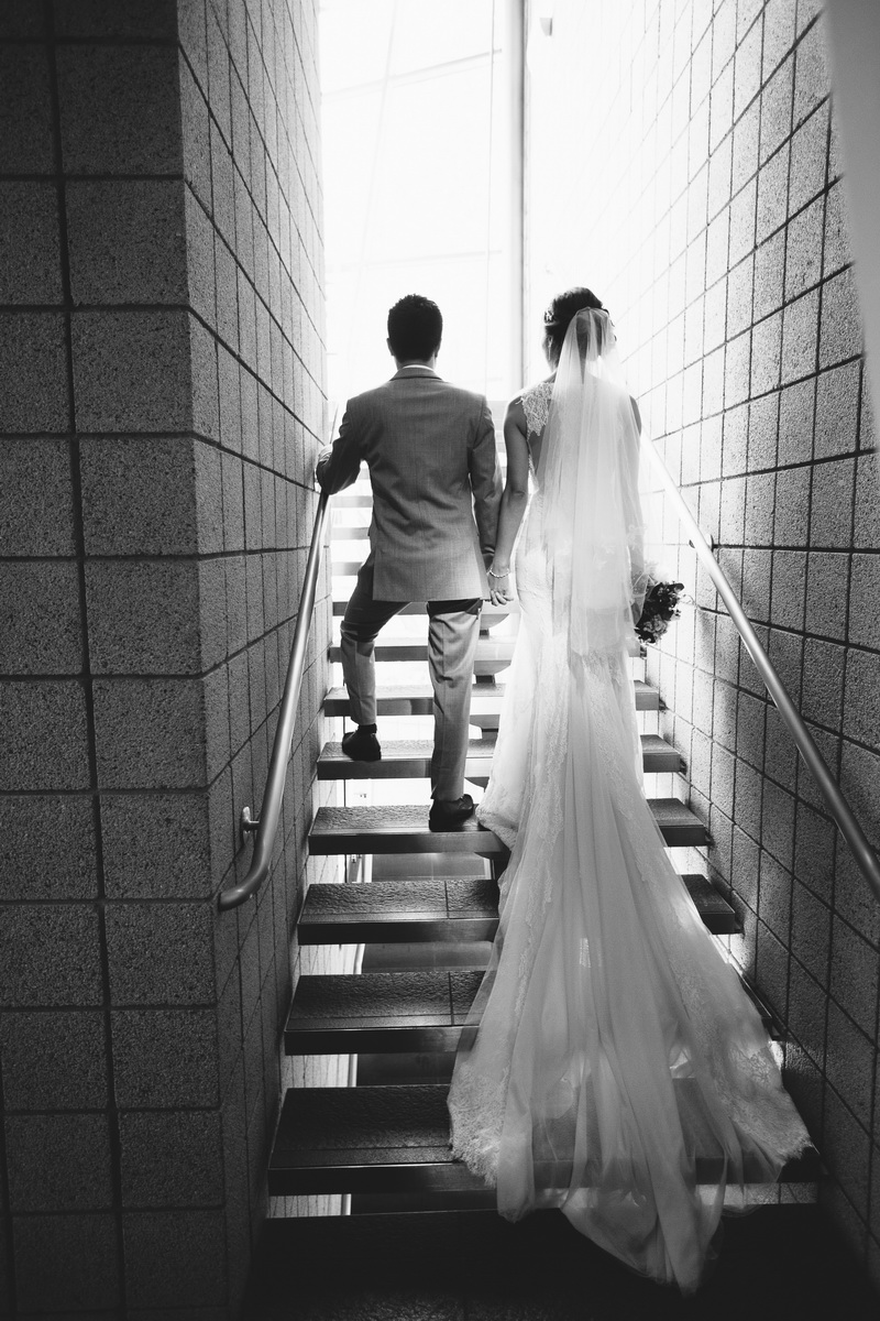 seven degrees wedding laguna beach photographer nicole caldwell couple on stairs