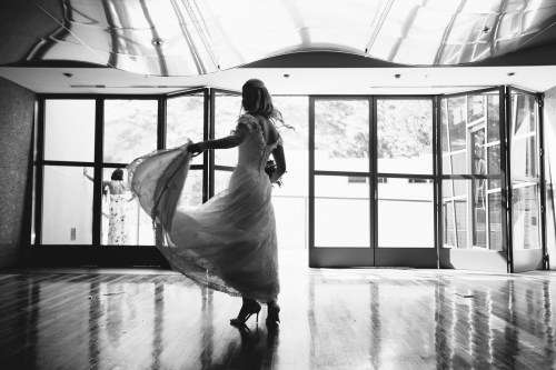 bride twirl laguna beach wedding venue seven degrees photographer nicole caldwell