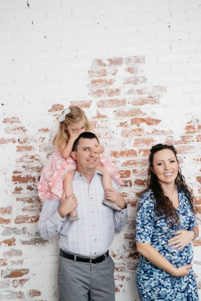 maternity and gender reveal photo shoot nicole caldwell photography studio 13