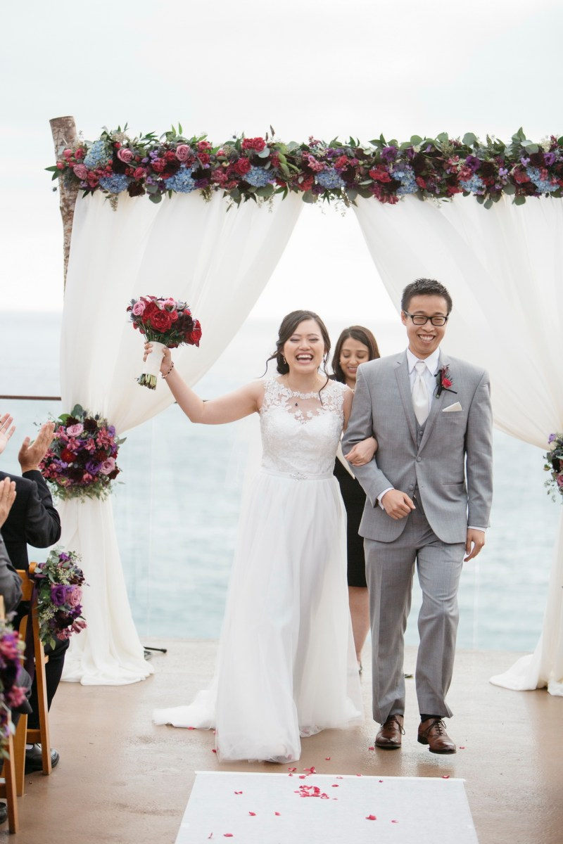surf and sand resort wedding photographer nicole caldwell ceremony prosessional